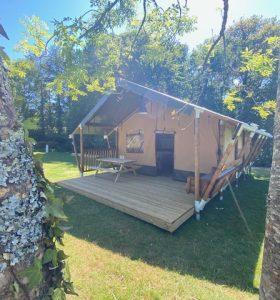 Tente safari en camping en Bretagne Sud