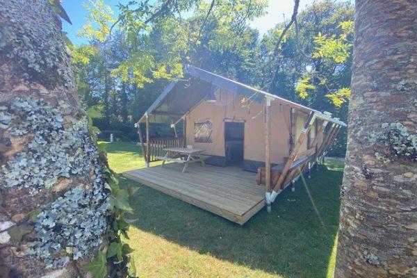 Camping Du Quinquis dormez en tente safari