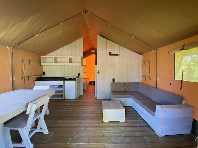 Camping au Pouldu dormir en tente équipée
